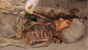 Die in Peru gefundenen Gebeine werden Kindern der präkolumbianischen Chimú-Kultur zugerechnet.