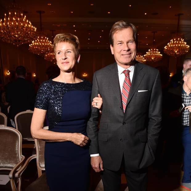 Susanne Klatten ist BMW-Großaktionärin und die reichste Frau Deutschlands. Hier mit EhemannJan Klatten auf einer Preisverleihung.
