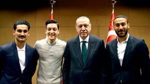 Das sagt Kanzlerin Angela Merkel zum Erdogan-Eklat um Gündogan und Özil