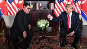 Daumen hoch für einen Diktator: Trumps lobt Kim Jong Un in den Himmel