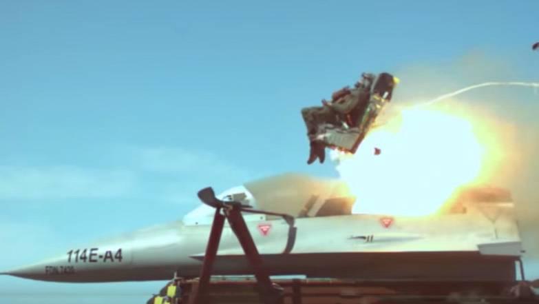 Mit Hilfe von Raketenschlitten: US-Militär testet Schleudersitze für Kampfjets