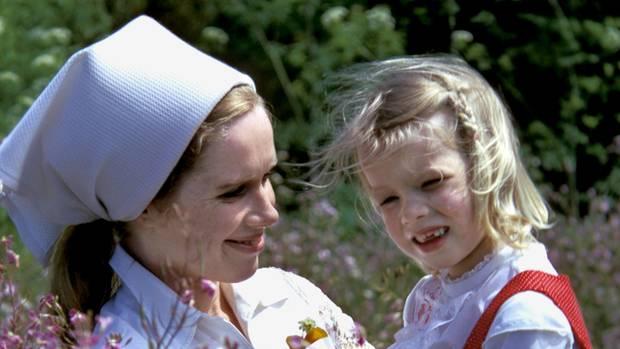 Linn Ullmann mit ihrer Mutter, 1973