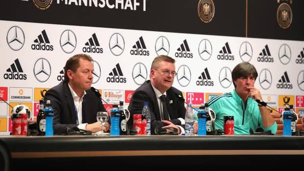 Fußball-WM 2018: Bundestrainer Joachim Löw bei Pressekonferenz in Russland