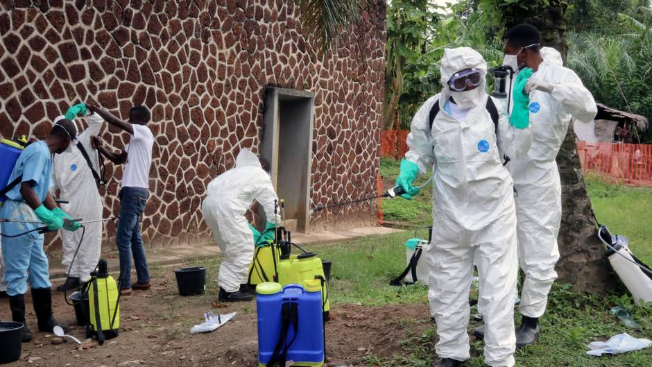 Mitarbeiter des Gesundheitsamtes im Kongo kämpfen mit zahlreichen Maßnahmen gegen Ebola