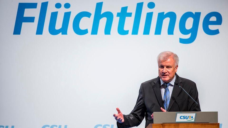 Horst Seehofer droht mit Alleingängen. Steht die Große Koalition auf dem Spiel?