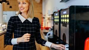 Gratis-Kaffee im Büro als Motivationshilfe