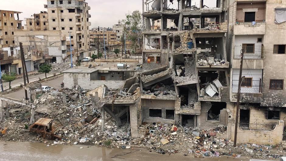 Syrien: Ehemalige IS-Hochburg Raqqa: Trümmer, Totenbergung und Wiederaufbau