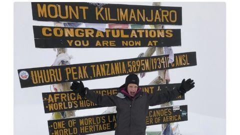 Weltrekord: Eine Siebenjährige besteigt den Kilimandscharo – um näher bei Papa zu sein
