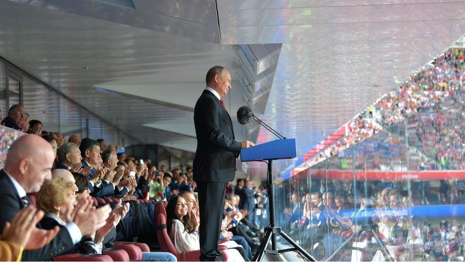 Wladimir Putin bei der Eröffnungsfeier der WM in Russland