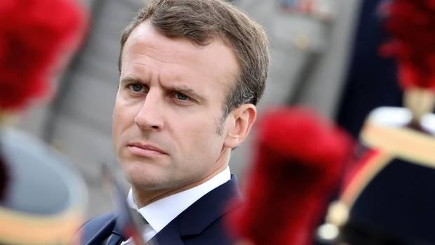 Frankreichs Präsident Emmanuel Macron während einer Gedenkzeremonie für Charles de Gaulle