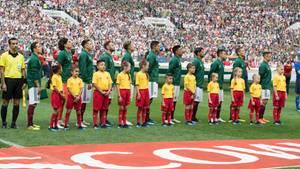 Mexiko während der Hymne