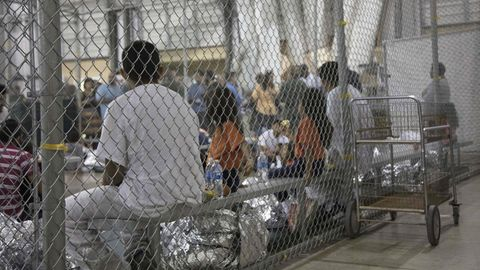 """""""Null-Toleranz""""-Politik: Migrantenkinder im Juni 2018 ineinem Lagerin McAllen im BundesstaatTexas"""