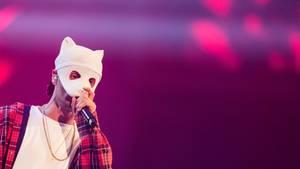 "AStA in Bielefeld nimmt Cro ins Visier: Cro singt beim Finale von ""Germany's Next Topmodel"""