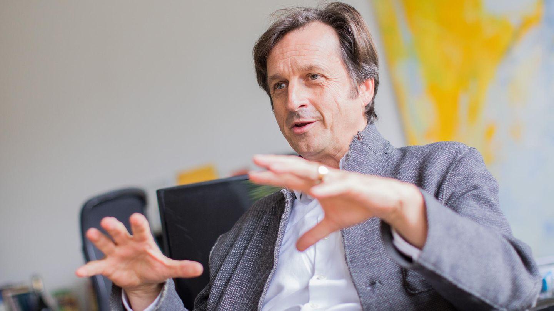"""Der Psychologe Stephan Grünewald ist Leiter des Rheingold-Instituts und mehrfacher Buchautor (""""Deutschland auf der Couch"""")."""
