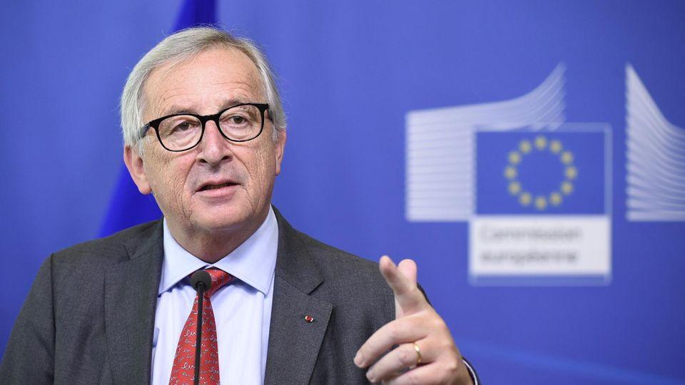 Mehr Kontrollen und Strafen: So will EU-Chef Juncker angeblich die Asylpolitik verschärfen