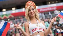 Bei der WM 2018 wird diese Blondine als die schönste Unterstützerin Russlands gefeiert
