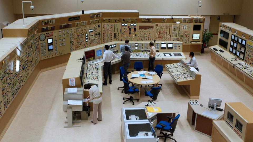 Im Simulationszentrum des AKW Tihangewird der Störfall geprobt. Problem-Block 2 ging 1983 ans Netz