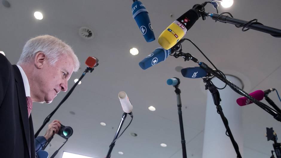 """""""Die meisten Fake News werden in Deutschland produziert"""": Horst Seehofer zählt Medien an"""