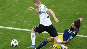 Fußball-WM: Morddrohungen gegen den Schweden, der hier Kroos-Freistoß verursachte