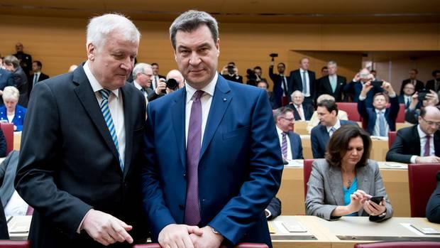 Bayerische Wähler unbeeindruckt von CSU-Vorgehen in Flüchtlingspolitik