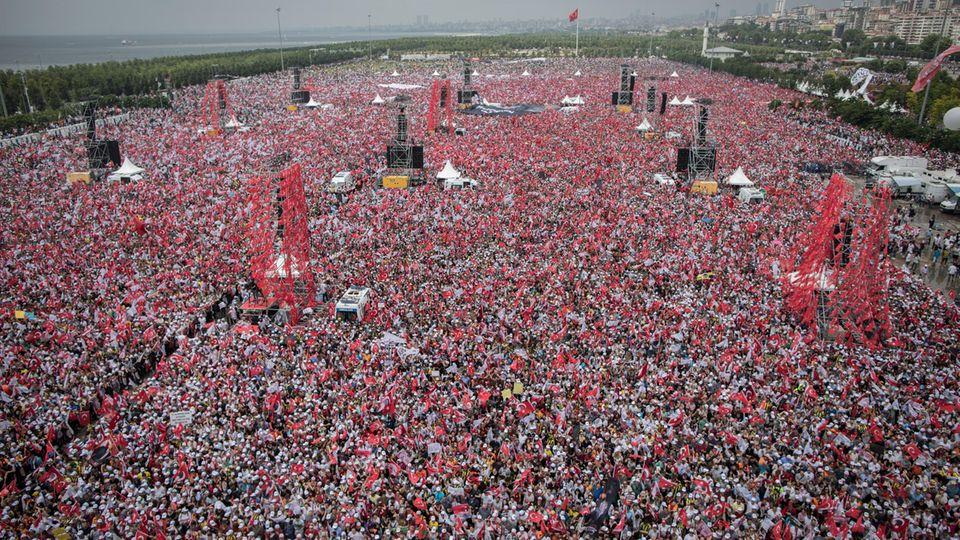 Warum wir der europäischen Türkei zur Seite stehen müssen