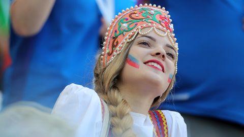 Bei der WM 2018 fallen einige Touristen durch geschmacklose Scherze auf Kosten russischer Frauen auf