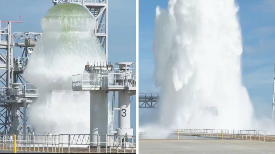"""1,7 Millionen Liter Wasser innerhalb von Sekunden:Das Kennedy Space Center der NASA führt einen sogenannten """"wet flow test"""" durch."""