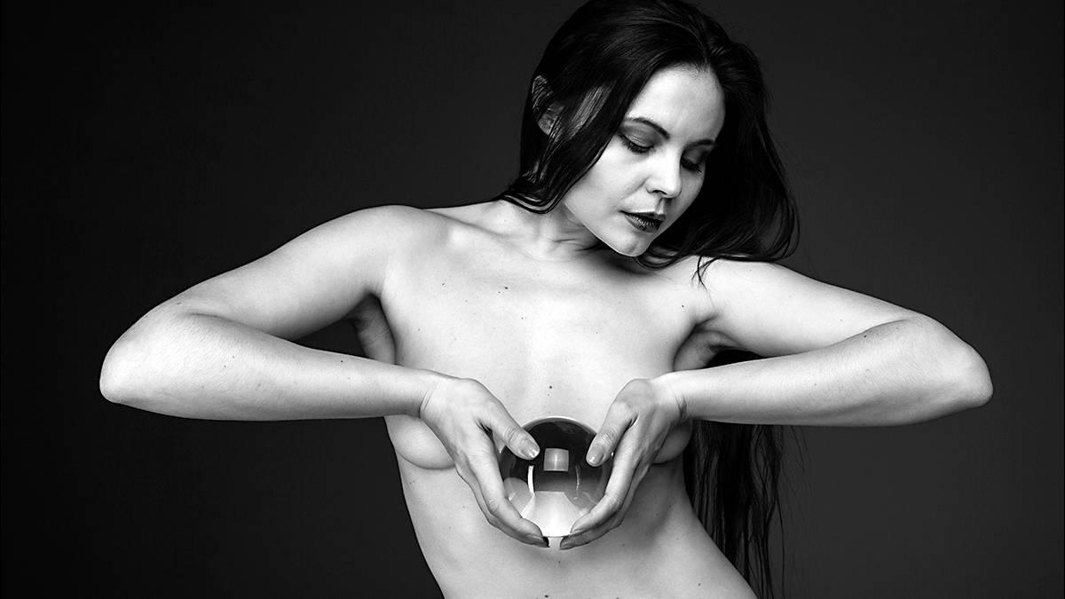 Aktfotografie: Ziemlich runde Sache: kunstvolle Aktfotografie trifft auf Kreise aller Art