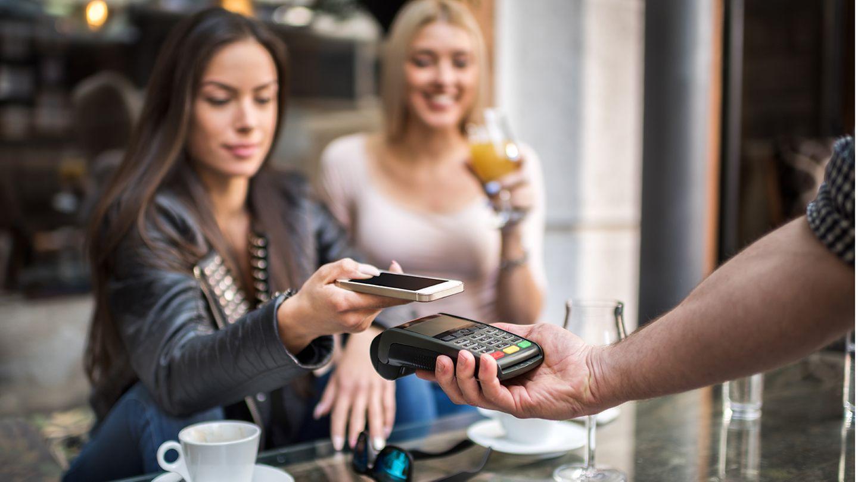 Mobiles Zahlen Google Pay Apple Pay