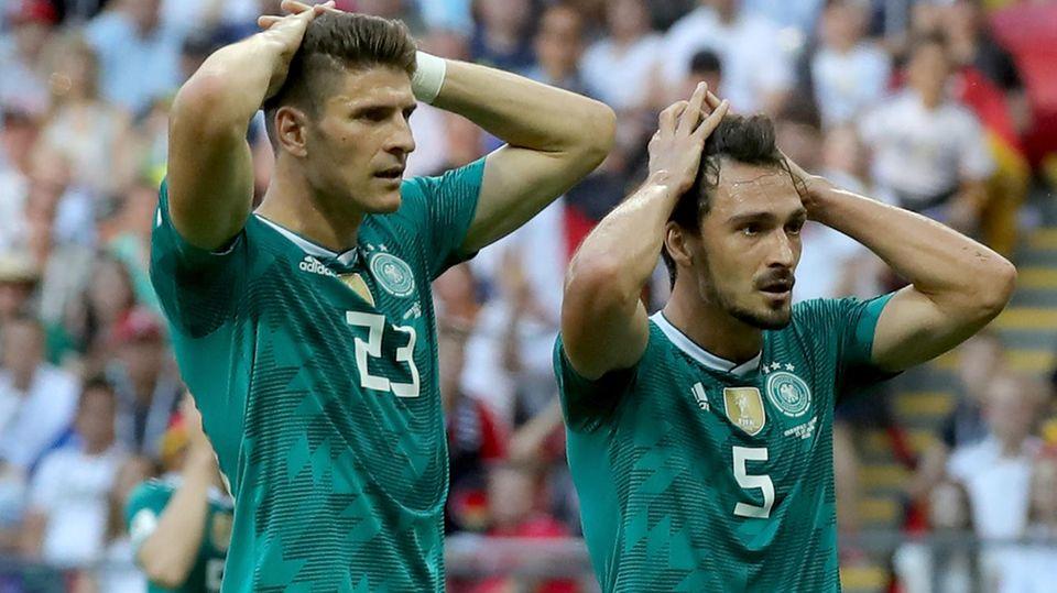 Mario Gomez und Mats Hummels