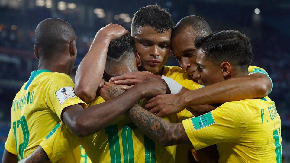 Brasilien steht im Achtelfinale der WM 2018 in Russland