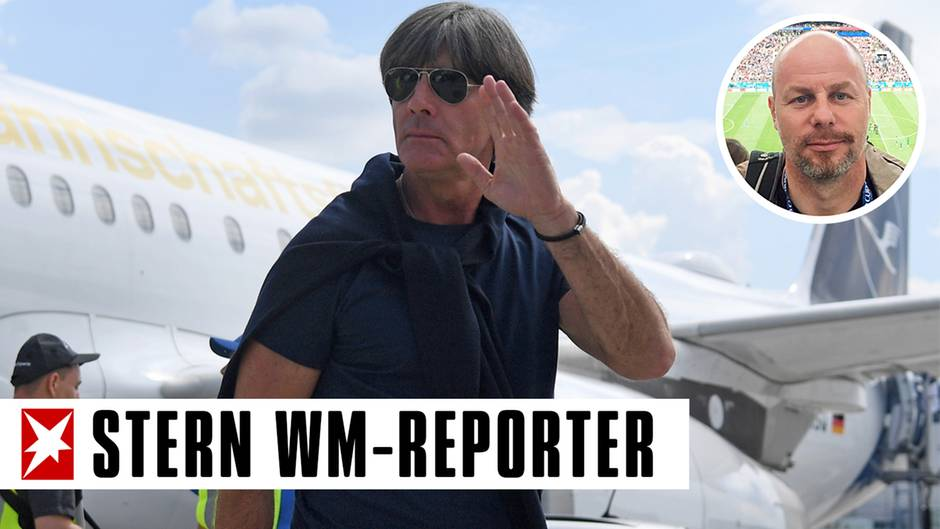 Joachim Löw bei der Ankunft in Frankfurt