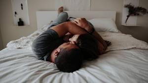 Sex: Nebeneinander schlafen statt miteinander