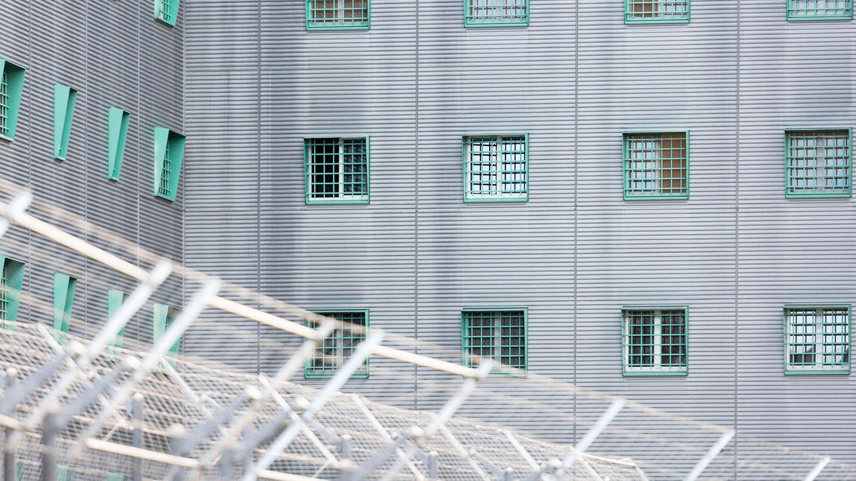 Das Flughafengefängnisin Kloten im Kanton Zürich. Auch hier landen Asylsuchende, die Abgeschoben werden sollen