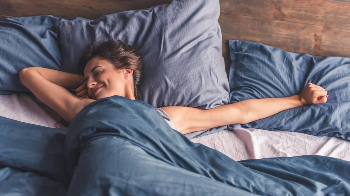 Muss Man Bettdecke Und Kopfkissen Wirklich Waschen Sternde
