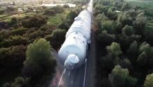 Russland: Schwertransport der Superlative - 917 Tonnen Gewicht auf Rädern