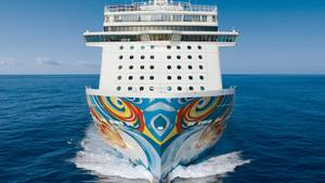 """Das in der Nähe von Kuba über Bord gefallene Crew-Mitglied arbeitete auf der """"Norwegian Getaway"""" der Reederei Norwegian Cruise Line."""