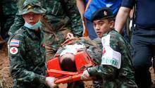 Soldaten in Thailand proben eine Evakuierung