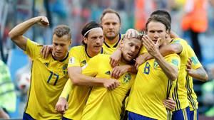 Dank eines abgefälschten Schusses von Emil Forsberg (wir kräftig geherzt) gewinnt Schweden mit 1:0 gegen die Schweiz