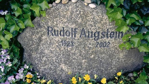 Das Grab von Rudolf Augstein in Keitum (Sylt)