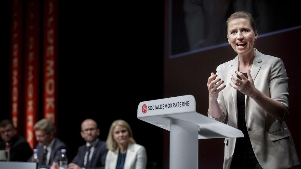 Mette Frederiksen auf dem Parteitag der Sozialdemokraten.