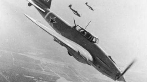 Sturmoviks 1945 über Berlin.