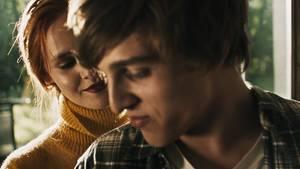 """Auch wenn """"LOMO - The Language Of Many Others"""" ein paar gute Ansätze hat, kriegt der Film einfach nicht die Kurve"""
