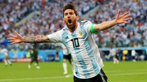 Lionel Messi bejubelt ein Tor