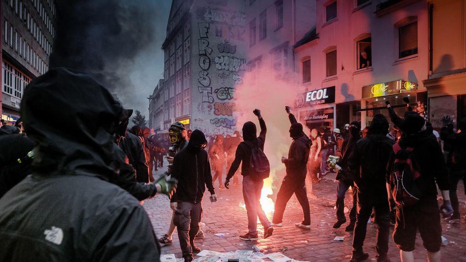 G20 - Ein Jahr danach: Welche Lehren aus dem G20-Desaster gezogen werden - und was Anwohner fordern