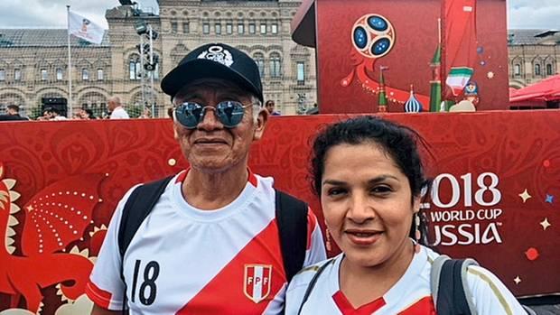 20.000 Dollar für eine WM: Abraham Bayona und seine Tochter Denisse aus Peru haben lange für die Reise gespart