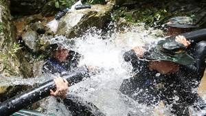 Thailand: Rettungsbedingungen für Jungen aus Höhle gebessert