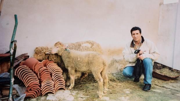 Hamid bei einem Familienbesuch in seinem algerischen Geburtsort, 2006