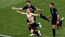 Die Kroaten nach der 2:1-Führung in der Verlängerung. Russland kam nochmal zurück und schied letztlich im Elfmeterschießen aus.