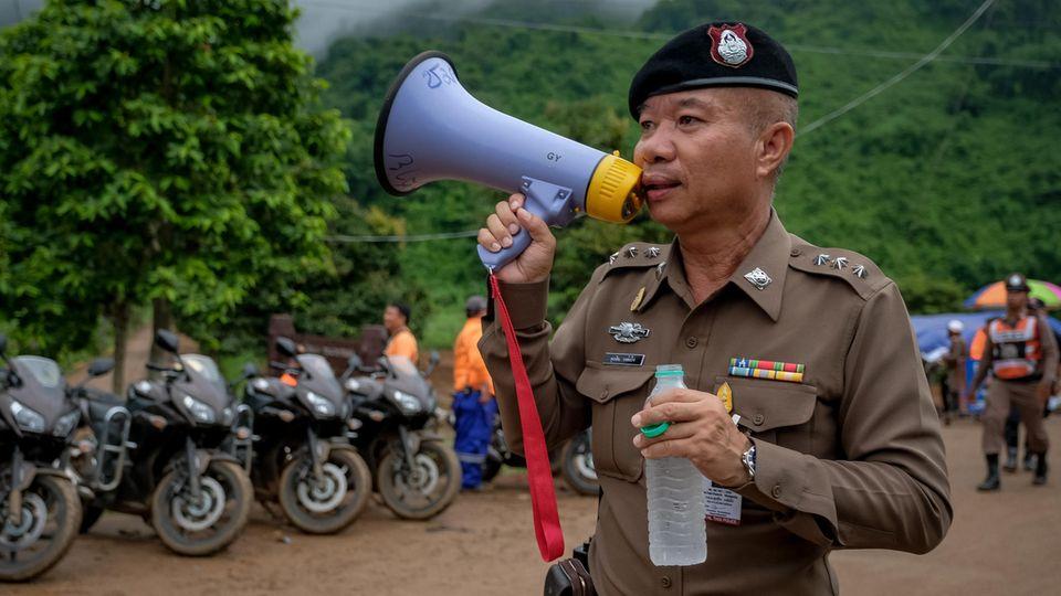 Thailand: Rettung gestartet - Höhlentaucher sollen Jungen und Trainer herausholen
